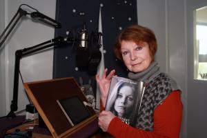 Catherine in Studio
